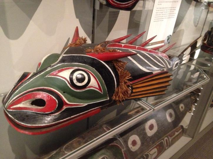 Display of a fish mask at the MOA