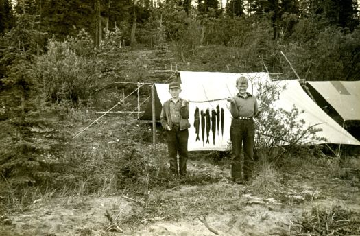This black and white photograph depicts two sons of Hugh Raup, who participated in the Andover-Harvard Yukon Expedition of 1944.