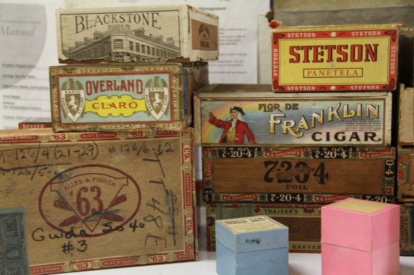 Image of cigar boxes.